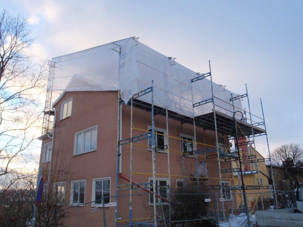 Väderskydd vid takläggning