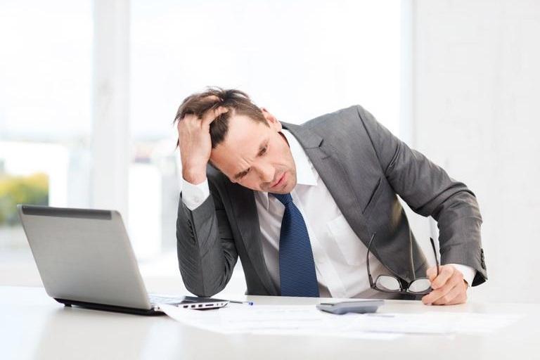 Stressad mäklare
