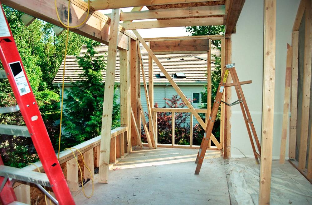 Tillbyggnad på hus under konstruktion